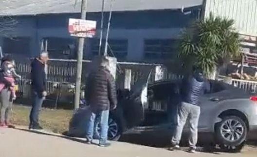 Eseverri desmintió haber tenido un accidente y dijo que auxilió a un vecino