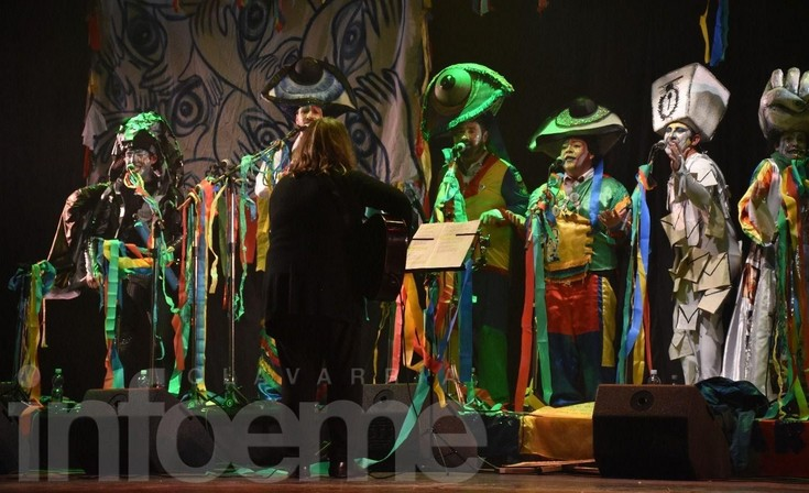 Arrebatando Lágrimas festejó 20 años de murga y carnaval