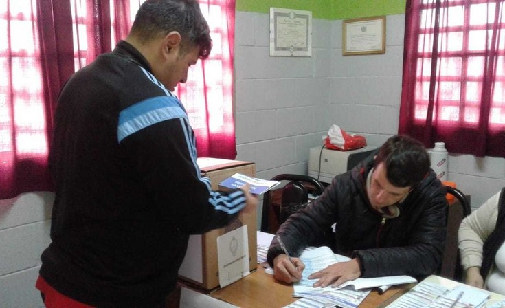 En las cárceles de Sierra Chica votaron 411 internos