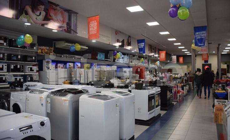 La suba del dólar y la incertidumbre local en casas de electrodomésticos