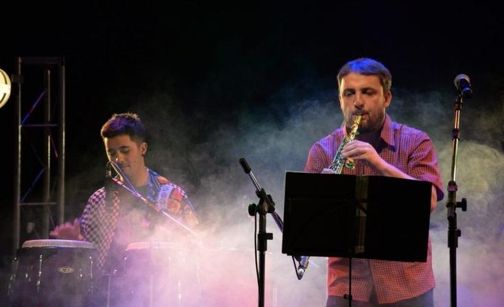 Candombe y cumbia colombiana en el Salón Rivadavia