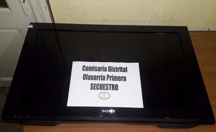 Se robaban un televisor y los atrapó la Policía