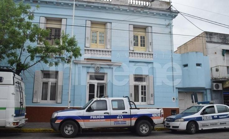 Un hombre fue maniatado en su casa y le robaron dinero y celulares