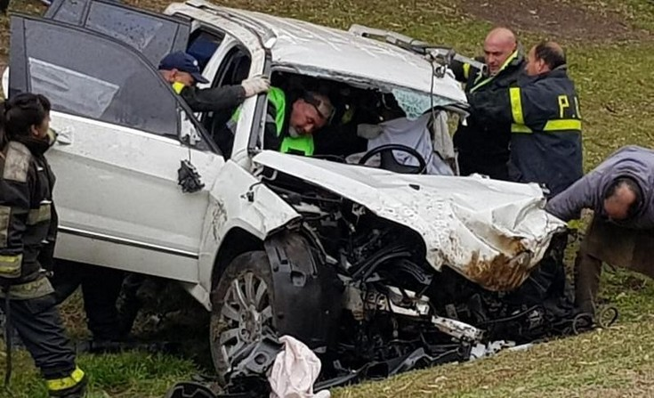 Azul: Tres heridos en fuerte accidente en ruta 3