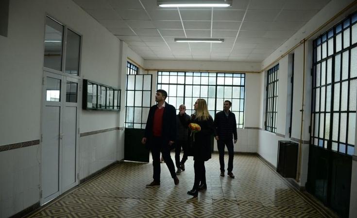 Galli inauguró el nuevo techo de la Escuela Secundaria Agraria