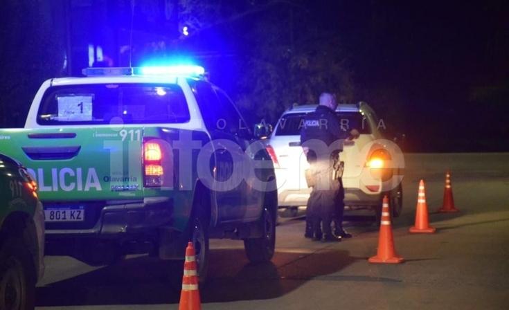 Un joven se habría arrojado sobre una camioneta y resultó herido