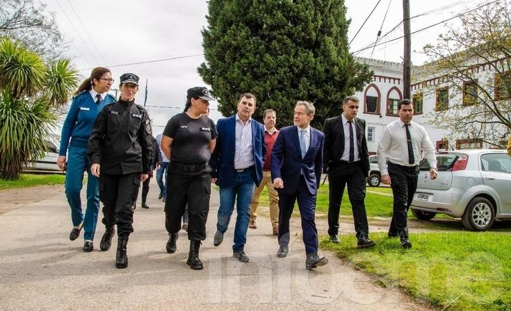 El Ministro de Justicia Gustavo Ferrari estuvo en Azul