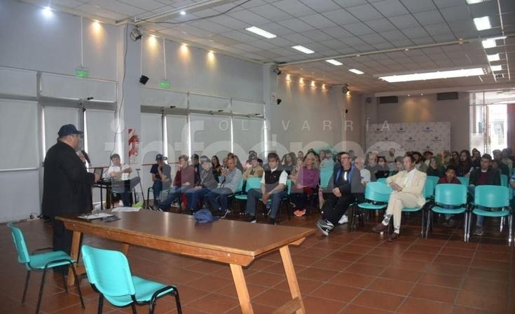 """Encuentro Ovni: """"Olavarría es epicentro de avistamientos"""""""
