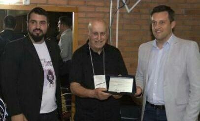 El orfebre Armando Ferreira fue distinguido en Brasil