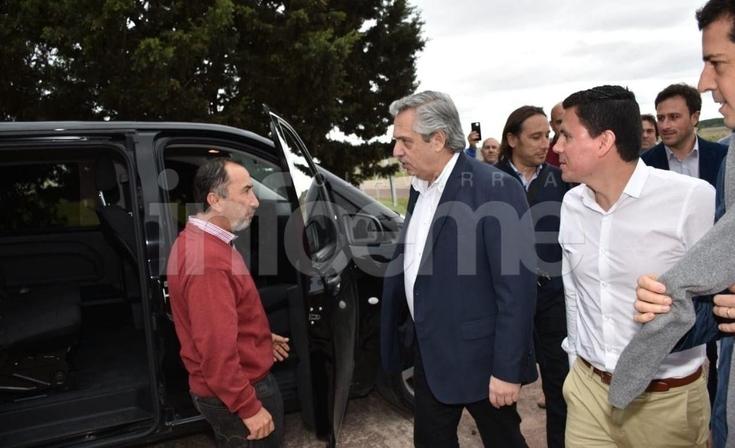 Alberto Fernández llegó a Olavarría y hará uno de sus últimos actos de campaña