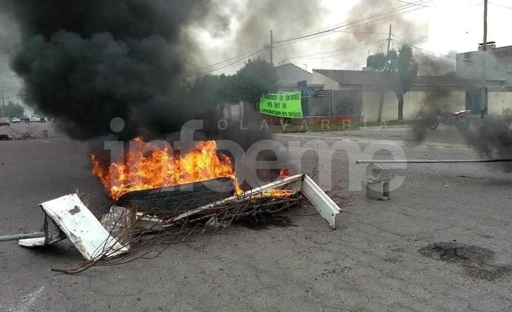 Piquete en avenida Alberdi tras la muerte de un interno en Sierra Chica