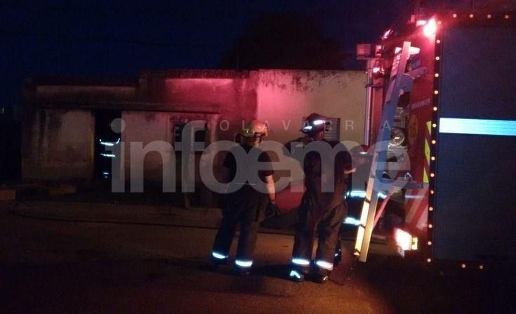 Importantes pérdidas materiales en el incendio de una vivienda