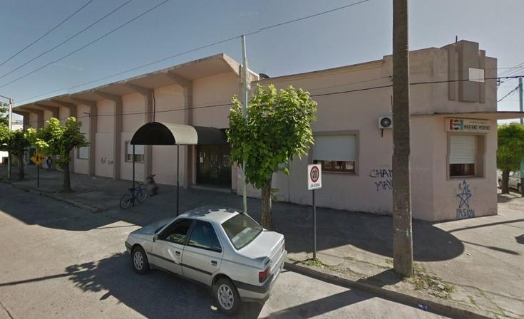 Robaron un auto en la puerta del club Mariano Moreno