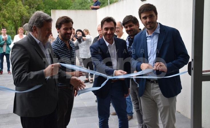 El ministro Elustondo encabezó la inauguración del Club Social de Innovación