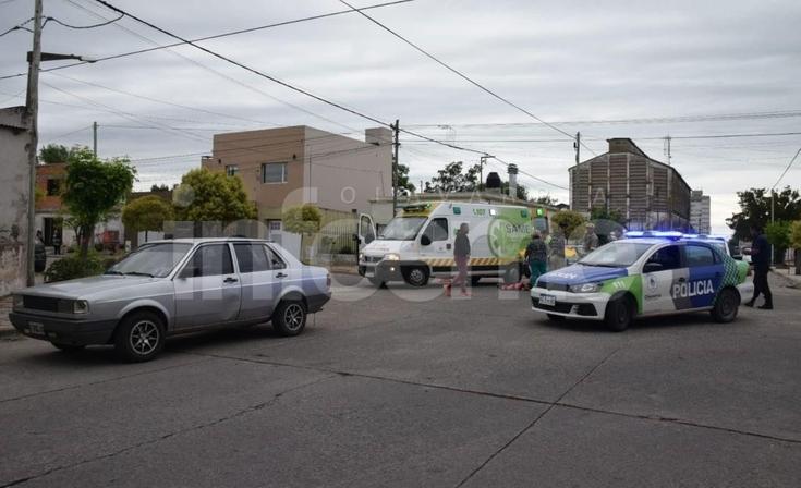 Un motociclista herido tras un violento choque en el barrio Luján