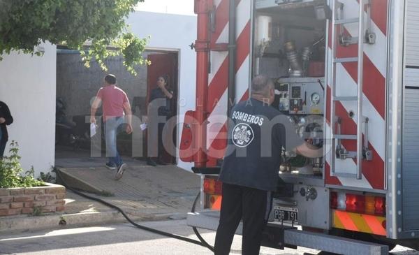 Pueblo Nuevo: Bomberos trabajó en el incendio en una vivienda - Infoeme