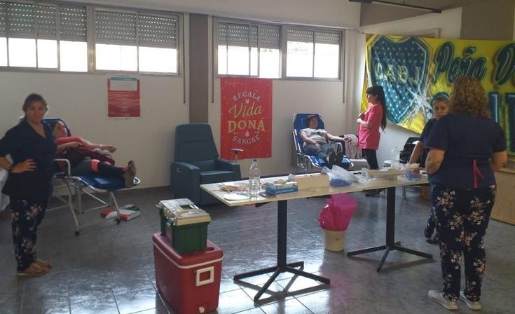 Buen número de donantes en la colecta de la Peña de Las Sierras