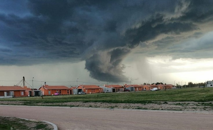 Temporal: Más fotos de lectores y cómo seguirá el clima en Olavarría