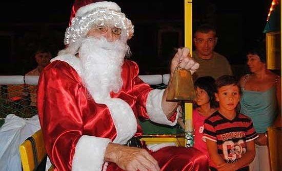 La magia de Papá Noel vuelve a Colonia Hinojo