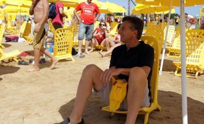 Macri promueve el alquiler de carpas y sombrillas en cuotas para la costa atlántica