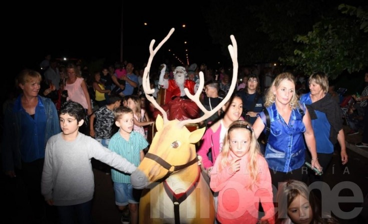 Colonia Hinojo se vistió de Navidad para ver a Papá Noel