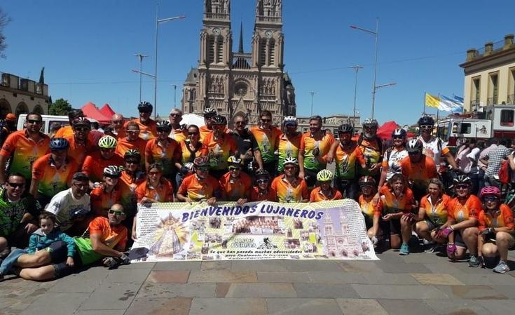 Ciclistas olavarrienses llegaron a Luján